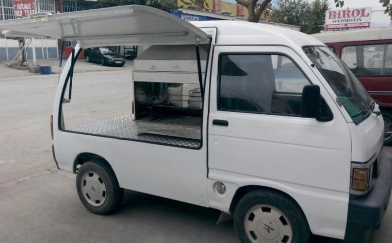 Küçük bütçeli iş fikirleri - kokoreç arabası